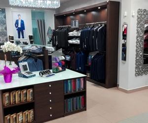 Tienda de ropa especialziada en  trajes de novio en Vélez, Málaga