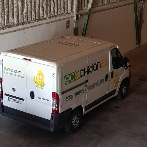 Recogida y almacenaje de aceite vegetal usado en Valencia