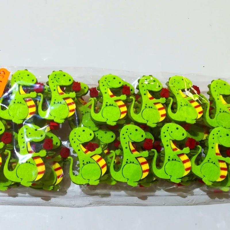 PQTE. (x 36 unid.) Pinzas Dragón PEQUEÑO PRECIO: 0,35 € c/unid.