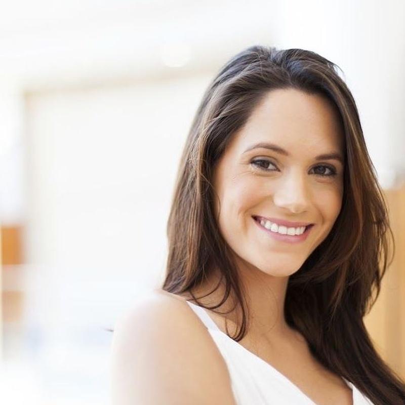 Estética dental: Tratamientos de Clínica Dental Doctor Chela