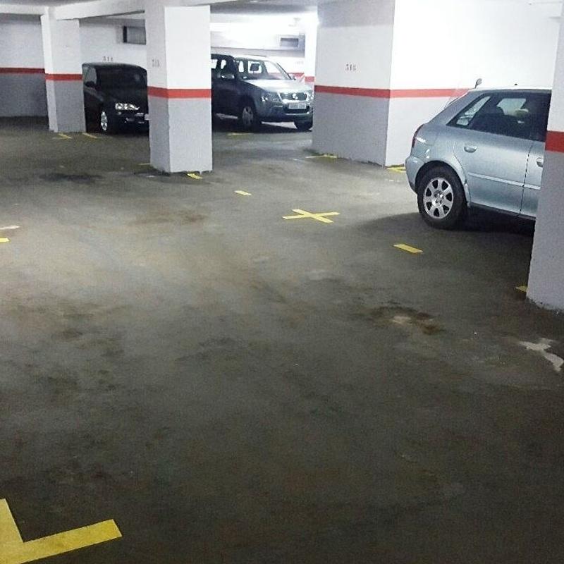 Plaza para Coche y Moto 3.70x4,60m