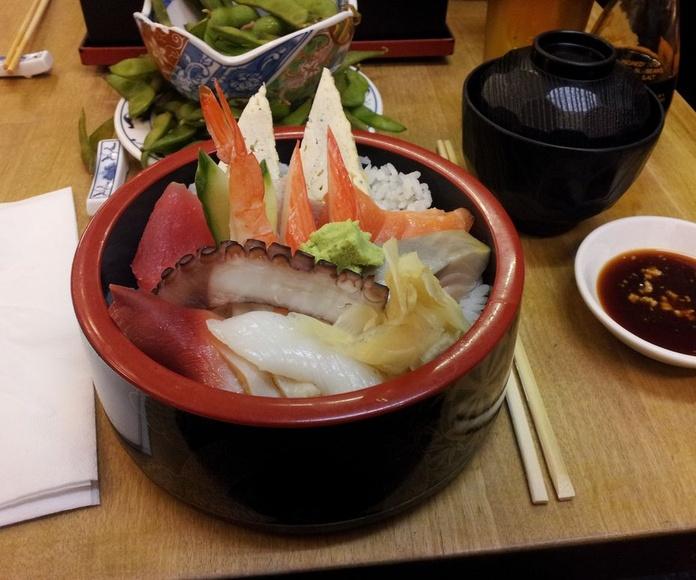 CHIRASHI DUO: Menús de Kiniro Sushi