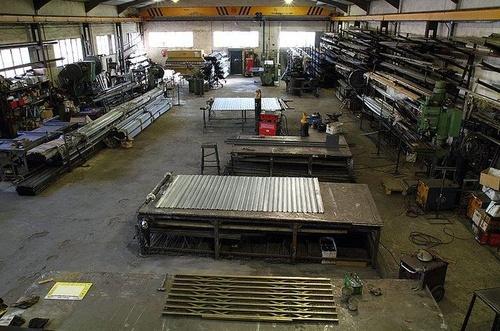 Fabricantes de persianas y cierres para negocios en Madrid