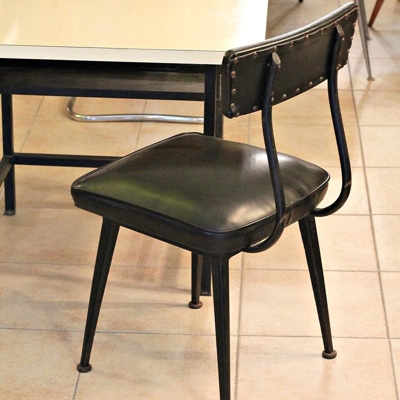 Escritorio y silla  industrial años 60  RE:ME050:  de Ruzafa Vintage