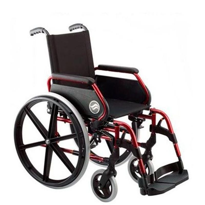 Silla de ruedas manual: Productos y servicios de Amigo 24 Salou Cambrils