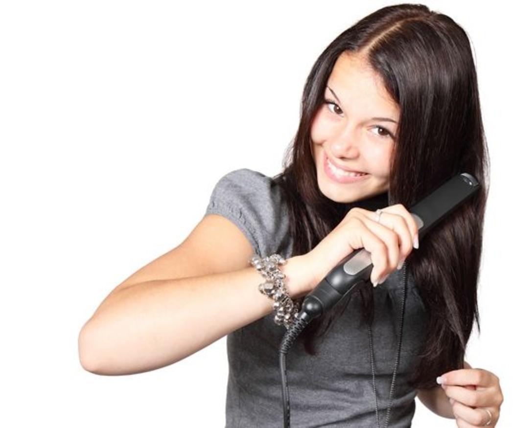 Errores más comunes cuando nos planchamos el pelo