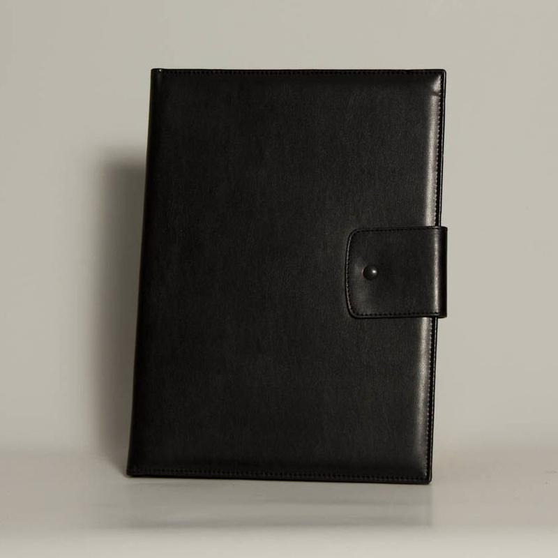 Portafolios PF-01648: Catálogo de M.G. Piel