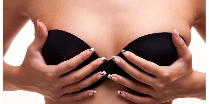 Reducción de mamas: Servicios de Doctor Philippe Valenza