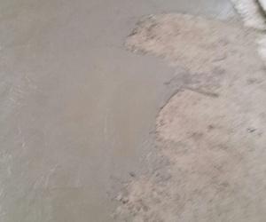 Hormigón con capa hidratada
