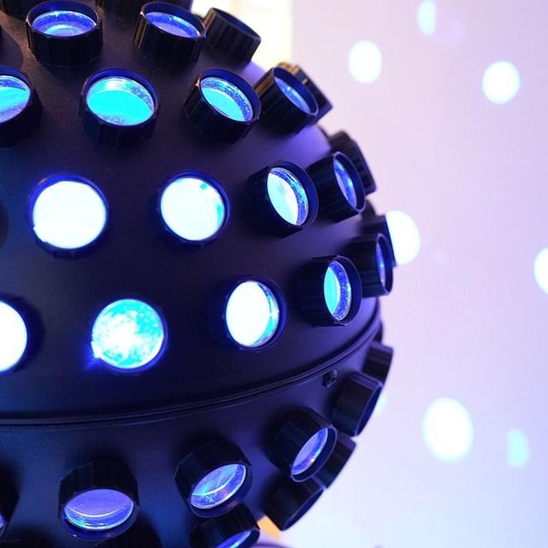 Instalación de iluminación: Servicios de Óscar Molowny Sonido Iluminación