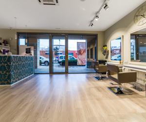 Peluquería especializada en cortes, tratamientos reparadores