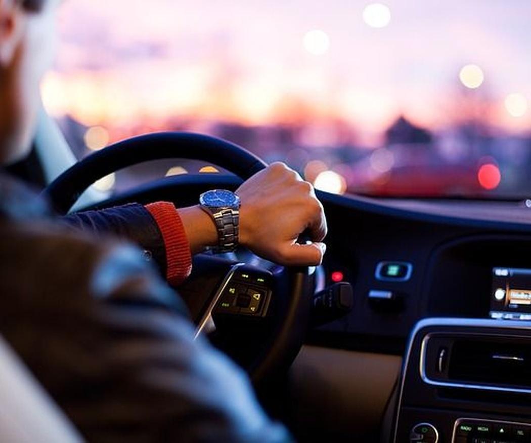 Al volante, los cinco sentidos