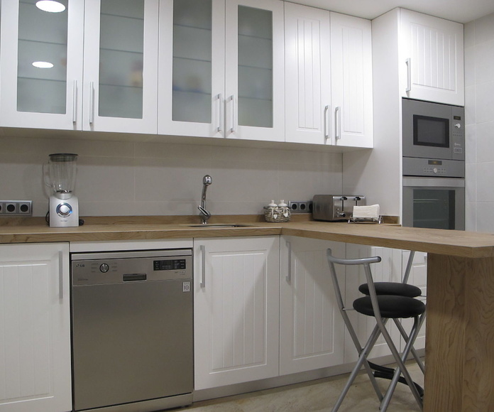 Muebles de Cocina - Proyecto realizado en boadilla: PROYECTOS REALIZADOS de Diseño Cocinas MC