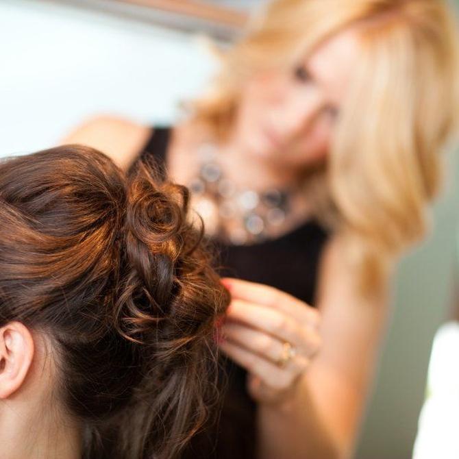 Prepara el peinado de tu boda