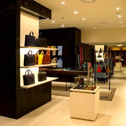 Diseño de mobiliario para tiendas en Madrid
