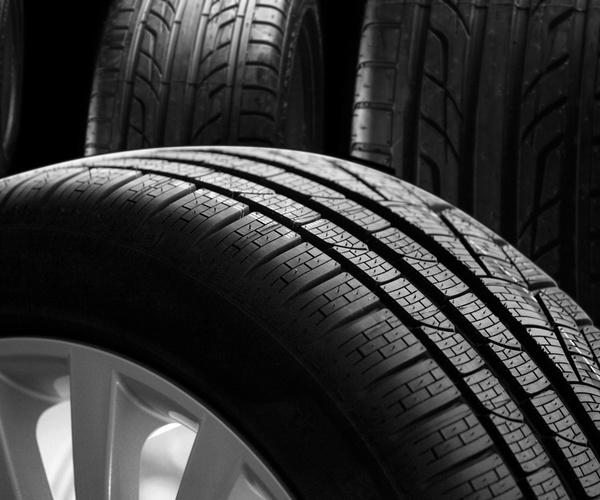 Neumáticos y amortiguadores
