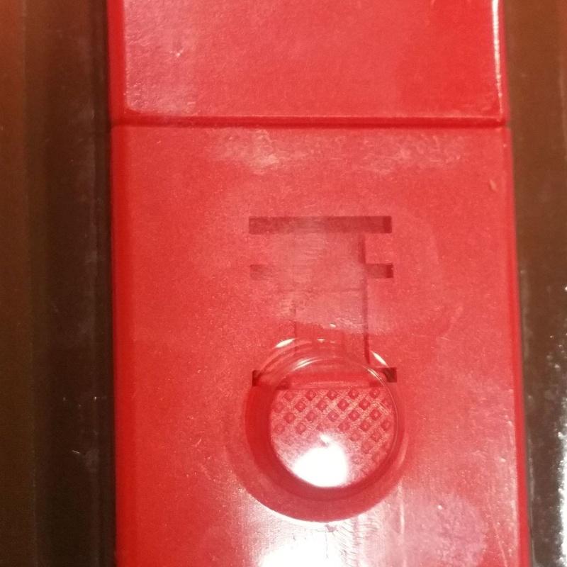 Rascador de plástico de bolsillo : SERVICIOS  Y PRODUCTOS de Neteges Louzado, S.L.