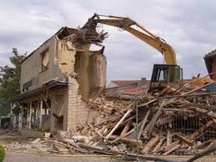 Desmantelamiento y demoliciones: Productos y servicios de Lázaro Fernández y Castro