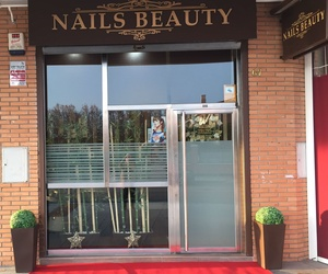 Uñas acrílicas en Valladolid | Nails Beauty