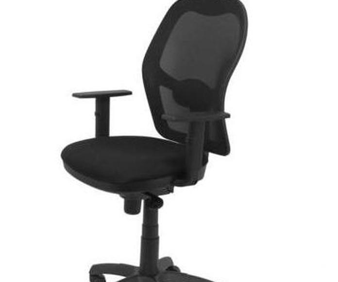 Silla Jorquera malla negra asiento bali negro con cabecero fijo a 199€+iva