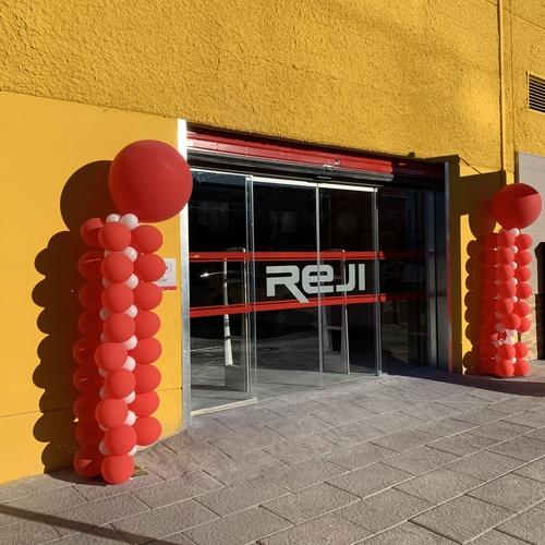 Puertas seccionales en Granada: Veinser