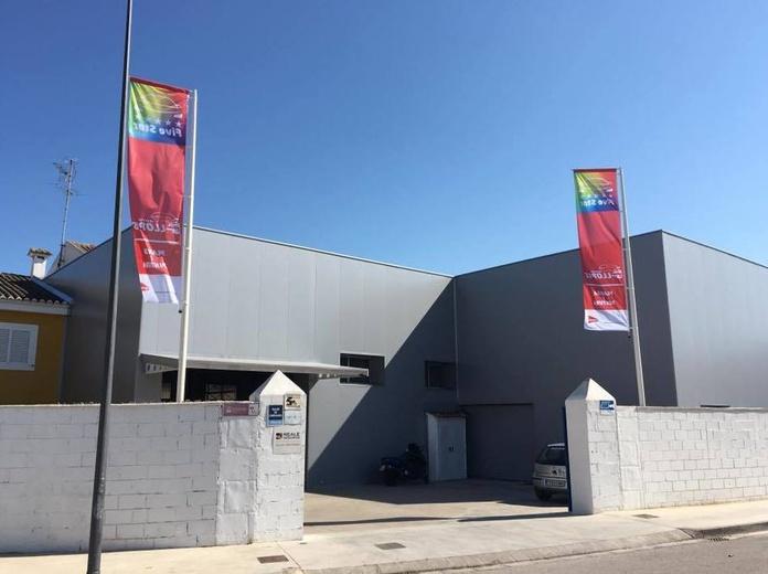 Talleres Auto Llopis. Reparaciones de chapa y pintura de vehículos en Sueca (Valencia).