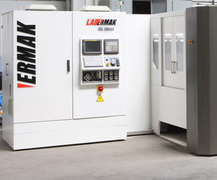 Láser de fibra marca Lasermak: Servicios y maquinaria  de Calderería y Obras, S.L.
