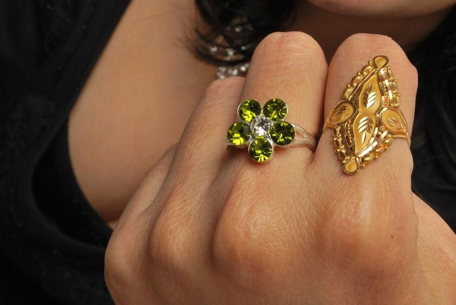 A sua joia é de ouro? Aprenda a reconhecer