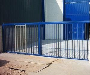 Puertas metálicas en Lleida