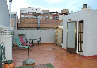 Casa Independiente en Delicias, calle Don Pedro de Luna, 2 pisos+local