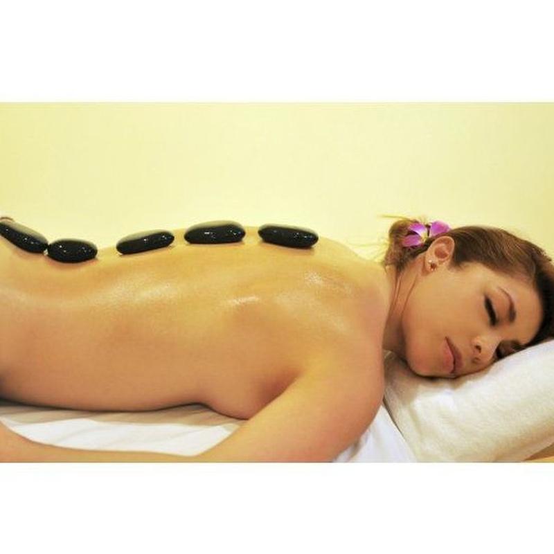 Masaje con piedras calientes : Servicios   de Kwantida Thai Massage spa