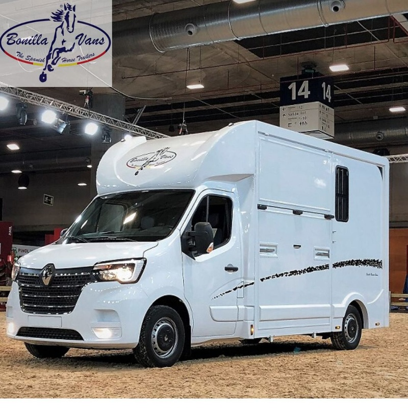 Furgoneta para caballos, camión de caballos