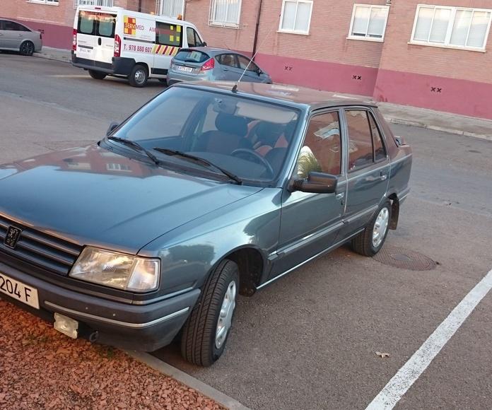 Peugeot 309 1.9 D: Servicios  de Autotaxi Eliseo