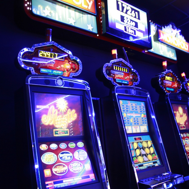 Jackpots: Salones de juego de Serrano Gaming