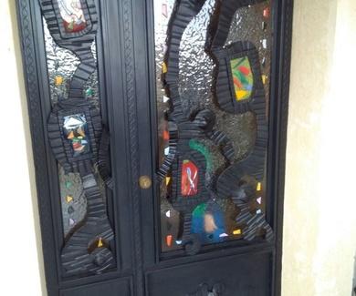 Puertas de forja artística. Trabajamos también en Madrid