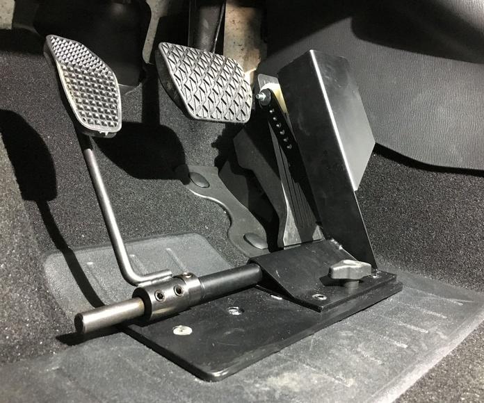 Inversor de pedal universal. Adaptación de vehículos en Asturias