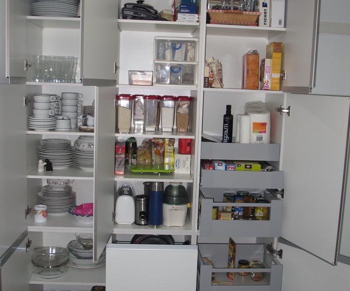 Muebles de Cocina - Proyecto realizado en Coslada: PROYECTOS REALIZADOS de Diseño Cocinas MC