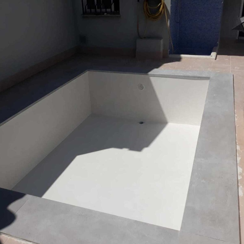 Piscinas de cemento Ibicencas: ¿Qué hacemos? de Project Pool Piscinas