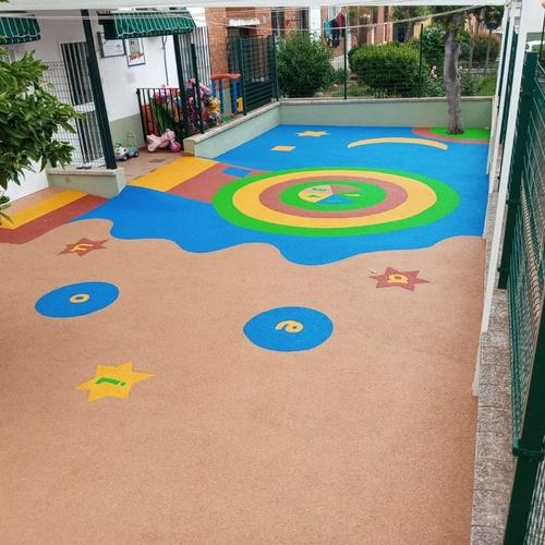 Diseño de la guardería San Roque por Pavimentos Garvel SLU