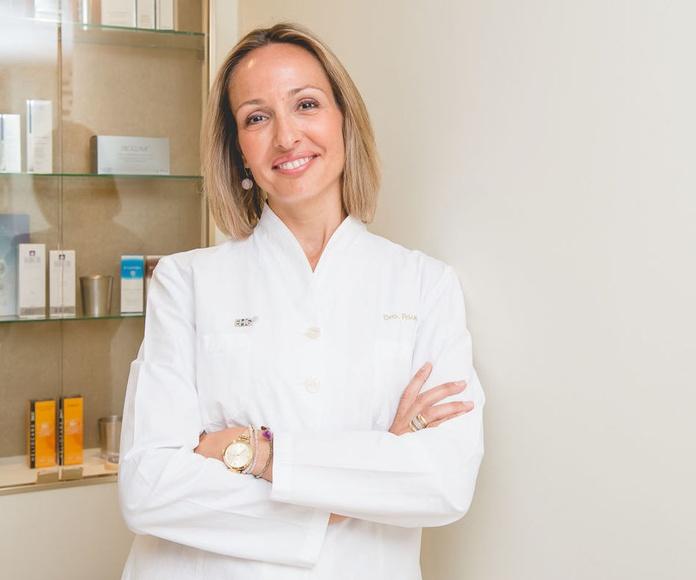 Dr. Elena Asuar