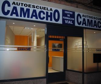 Permiso B: Permisos de AUTOESCUELA CAMACHO