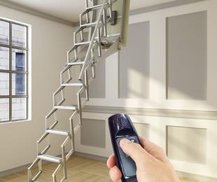Escalera plegable techo automática en Vizcaya