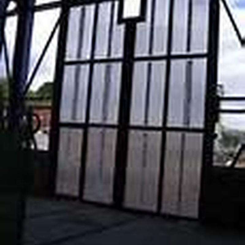 Carpintería metálica en general: Servicios de Enrique José Bougrat Pacheco