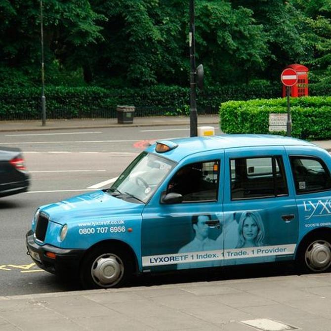Ventajas de anunciar tu negocio en un taxi