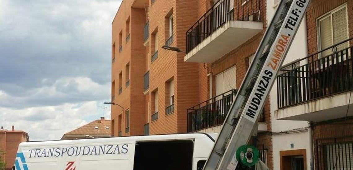 Mudanzas con elevador en Alcalá de Henares
