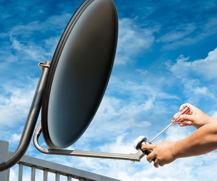 Antenas (TDT y parabólicas): Servicios de A&P Instalaciones