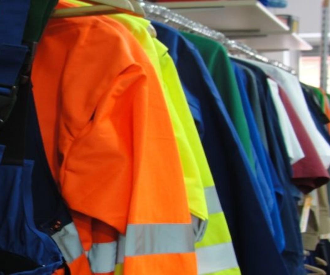 Cómo elegir la mejor ropa de trabajo para tu empresa