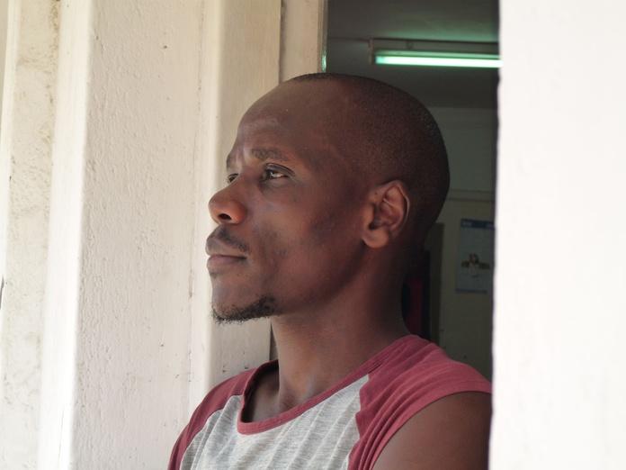 Richard Kimathi: Exposiciones y artistas de Gazzambo Gallery