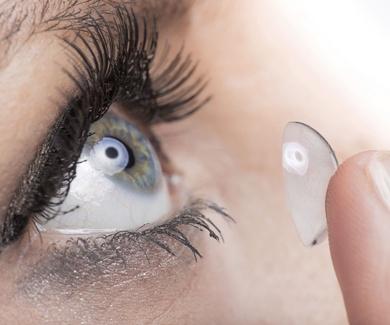 Lentillas que controlan tu miopía