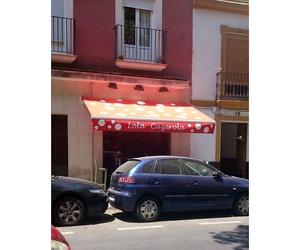 Lola Cazerola, Triana, Sevilla